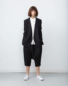 Izumi-Jacket-Black-Dot-Tanaka-Pant-Black-Dot.jpg 963×1,225 pixels