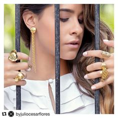 @byjuliocesarflores | LIBERTY |  http://ift.tt/2glK0rt  PH: @crondonm MODEL: @claudiasaert  #jcf #juliocesarflores #diseñadordejoyas #orfebre #orfebreria #joyería #accesorios  #jewerly #handmade #truegold #beauty #spring #summer #fashion #luxury #trendy #chic #glam #lifestyle  #vogue #venezuela #colombia #chile #mexico #panama #miami #newyork #madrid #barcelona @byjuliocesarflores