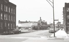 CHUCKMAN'S PLACES - PHOTO - CHICAGO - COLES AND CHELTENHAM - LOOKING TOWARDS 79TH - ALEXANDER' S STEAKS - SOUTH SHORE BAPTIST WOULD BE ACROSS COLES FROM APARTMENT ON LEFT - 1959 - EDITED FROM A DAVID ALEXANDER PHOTO