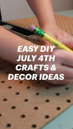 Patriotic Crafts, July Crafts, Summer Crafts, Holiday Crafts, Crafts To Make And Sell, Diy And Crafts, Crafts For Kids, American Flag Crafts, Ideas Prácticas