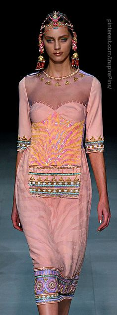 Paris Spring 2013 - Manish Arora