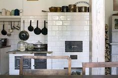 Rustic Kitchen - Find more amazing designs on Zillow Digs! Kitchen Dinning, Rustic Kitchen, Country Kitchen, Country Living, Kitchen Ideas, Tuscan Decorating, Traditional Interior, Cool Kitchens, Home Improvement