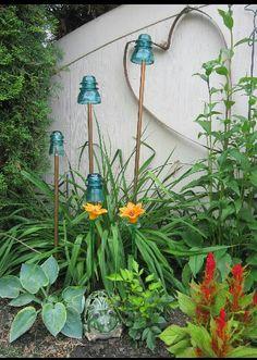 Garden insulators