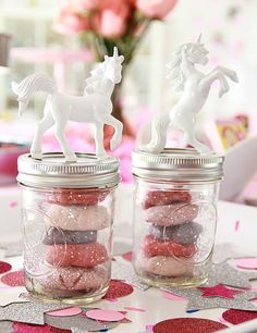 Send guests home from a unicorn party with glittery playdough.