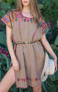 Pippa Holt Kaftans Spring Summer 2016 | Moda Operandi