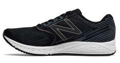 Las New Balance 890 v6 ya están en el mercado. Después de un par de años desaparecidas, las nb 890 v6 es un modelo de zapatillas entre mixtas y de entrenamiento. Estas new balance running son muy polivalentes y para todo tipo de pisadas. Las 890v6 darán mucha guerra durante 2018. #newbalance890v6 #nb890v6 #newbalance