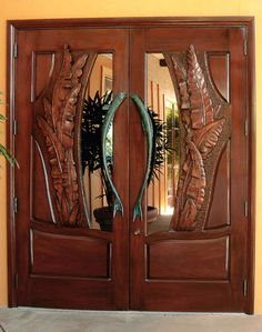 Double Door Design, Main Door Design, Wooden Double Doors, Wooden Doors, Door Entryway, Entrance Doors, Tropical Doors, Fence Planters, Classic Doors
