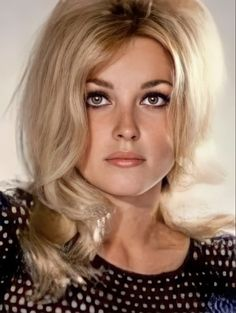 Sharon Tate, Elizabeth Taylor, Old Movies, Old Hollywood, Beautiful Women, My Style, Lady, Faces, Beauty