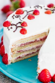 This fresh strawberry cake is definitely a reader favorite! Completely charming, not overly sweet and tastes bakery quality. Video tutorial makes it easy!