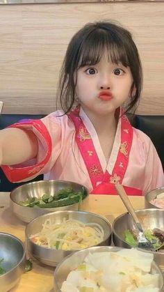 Cute Asian Babies, Korean Babies, Asian Kids, Cute Babies, Ulzzang Kids, Ulzzang Couple, Little Babies, Baby Kids, Cute Baby Girl Pictures