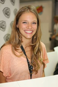 Tracy Spiridakos Photos Photos - In this handout photo provided by WBTV, REVOLUTION star Tracy Spiridakos (aka Charlie Matheson) attends the REVOLUTION signing at the Warner Bros. booth at the 2013 San Diego Comic-Con International held at the San Diego Convention Center on July 20, 2013 in San Diego, California. - Warner Bros Entertainment at Comic-Con International 2013 - Day 3