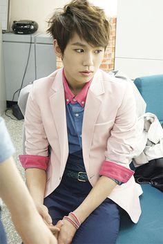 ilhoon  130421 BTOB Behind Story :: Music Bank/Inkigayo ♡