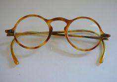 1930 men, http://www.etsy.com/listing/32178216/1930s-round-hornrimmed-glasses