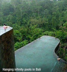 Wow, seriously amazeballs hanging infinity pool in Bali