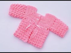 Baby jersey to crochet very easy Majovel crochet Crochet Baby Sweater Pattern, Crochet Baby Sweaters, Baby Sweater Patterns, Baby Dress Patterns, Crochet Baby Clothes, Baby Knitting Patterns, Baby Blanket Crochet, Crochet Patterns, Crochet Bebe