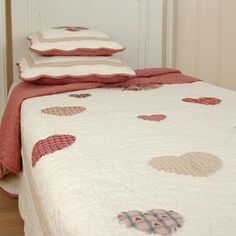 Q063.061 Bed cover. - Quilt - Plaid - Patchwork - Paisley 230x260cm Clayre & Eef - http://homeimprovementx.co.uk/sofa-bed/q063-061-bed-cover-quilt-plaid-patchwork-paisley-230x260cm-clayre-eef/