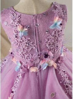 Clothing And Textile, My Baby Girl, Baby Dress, Little Girls, Kids Outfits, Kids Fashion, Textiles, Stuff To Buy, Inspiration