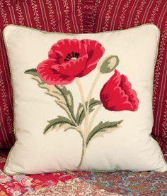 Hooked Poppies Pillow - Country Curtains®