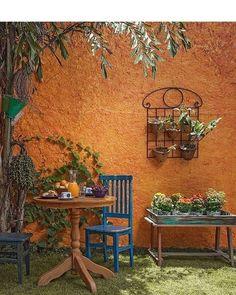 Mexican Courtyard, Mexican Patio, Mexican Garden, Moroccan Garden, Smart Home Design, Outdoor Balcony, Patio Wall, Hacienda Style, Bohemian House