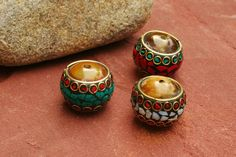 Nepalese Large Beads Made Of Resin Copper Shell door EASTERNSOULS