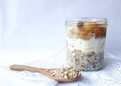 Overnight oats made with Keyzer Oats and homemade apple compote