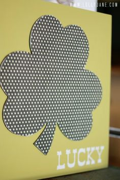 DIY St. Patrick's day shamrock art...