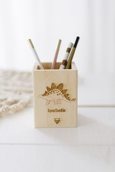 Stiftebox Dino + Name - Party Box, Diffuser, Desk Space, Cool Gift Ideas, Ballpoint Pen, School Kids, Birthday, Gifts
