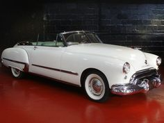 Late 1940s Olds Convertible. I can picture myself in this beautiful classic driving down the West Coast Highway!