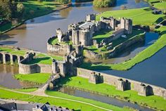 Caerphilly aerial Caerphilly Castle is a medieval fortification in Caerphilly in South Wales. The castle was constructed by Gilbert de Clare in the century as part of his campaign to conquer Glamorgan, Welsh Castles, Castles In Wales, Wales Castle, Castle Ruins, Medieval Castle, Wales Uk, South Wales, Wales Cardiff, Chateau Moyen Age