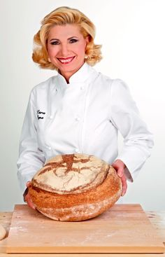 Alice Tv, Focaccia Pizza, Classic Italian, I Love Food, Italian Recipes, Food And Drink, Fruit, Cooking, Breads