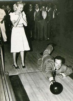 Bob Hope & Betty Grable- I love how he didn't mind making a fool of himself to give people a laugh