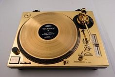 Technics. It's so pretty!
