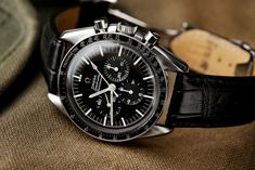 5 vintage watches to invest in Dream Watches, Fine Watches, Luxury Watches, Cool Watches, Watches For Men, Men's Watches, Omega Speedmaster Moonwatch, Omega Seamaster, Speedmaster Professional