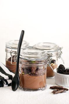 Receta mousse de chocolate vegana Banana Cream, Diy Projects To Try, Panna Cotta, Gluten, Cream Pies, Ethnic Recipes, Desserts, Blog, Healthy Recipes