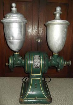 Handsome HUGE Antique 1913 Universal Coffee Store Electric Grinder
