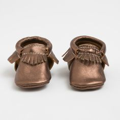 Copper - Limited Edition Moccasins from Freshly Picked Baby Moccasins, Leather Moccasins, Little Boy Fashion, Baby Girl Fashion, Best Of Shark Tank, Freshly Picked Moccasins, Cute Baby Shoes, Baby Girl Headbands, Fall Shoes
