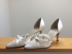 Aviomatkalla: That bridezilla moment Bridezilla, In This Moment, Shoes, Fashion, Moda, Zapatos, Shoes Outlet, Fashion Styles, Fasion