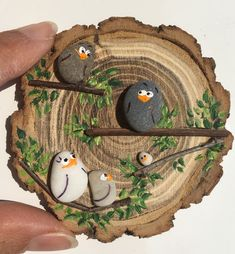 - Wood slice crafts -Deko - Wood slice crafts - 50 Amazing Painted Rocks Houses Ideas You'll Love The ultimate guide for DIY rock painting and craft ideas Stone Crafts, Rock Crafts, Diy And Crafts, Arts And Crafts, Pebble Painting, Pebble Art, Stone Painting, Wood Slice Crafts, Rock Painting Designs