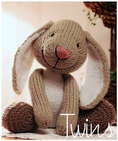 Knitted Toys - Little bunny. So cute!!