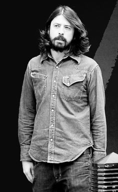 David Grohl in all his awesomeness.