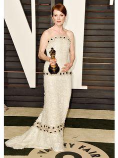 julianne-moore-vanity-fair-party-oscars-2015-academy-awards