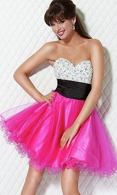 im totally against short prom dresses, but i'd soooo rock this at prom