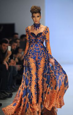 Fouad Sarkis Spring and Summer 2014 Haute Couture - Arabia Weddings,,,Wow love the silhouette & details. Change the color BUT keep the details. Get that designer look without the designer $$$, have it custom-made. Work with your seamstress to achieve this look