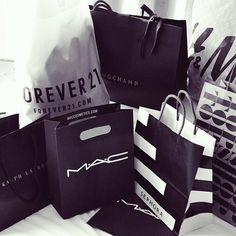 She perfect shopping day