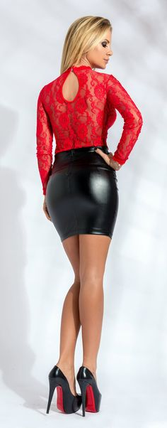goddesstasha:  red & black sexyGoddess TashaOnly High Heels