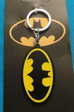 DC COMICS BATMAN LOGO KEYCHAIN NEW LICENSED KEY RING