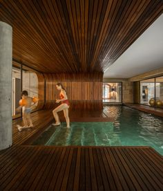 Image 25 of 30 from gallery of Indoor Pools: Bringing the Tranquility of Water to Interiors. Photograph by Fernando Guerra Indoor Pools, Small Indoor Pool, Small Backyard Pools, Swimming Pools Backyard, Swimming Pool Designs, Pool Landscaping, Outdoor Pool, Luxury Swimming Pools, Luxury Pools