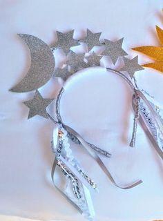 Mardi Gras Costumes, Halloween Costumes For Teens, Diy Costumes, Sun And Moon Costume, Star Costume, Cat Tattoo Designs, Halloween Kleidung, Star Makeup, Halloween Backgrounds