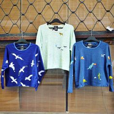Sweater weather  cozy cute sweatshirt szputnyik animals paint jumper farm life Cute Sweatshirts, Farm Life, Sweater Weather, Unique Vintage, Jumper, The Past, Cozy, Brand New, Pullover