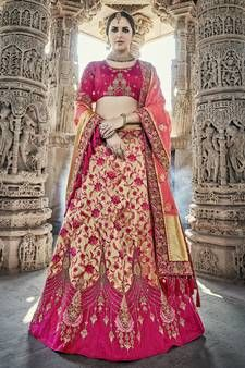 This is an Indian bollywood Pakistani wedding and party wear designer lehenga choli. lehenga crafted in silk blend with embroidery work. and designer blouse Raw Silk Heavy embroidery. clear neat embroidery done to achieve pure designer look. Lehenga Saree Design, Bridal Lehenga Choli, Indian Lehenga, Silk Lehenga, Lehenga Designs, Anarkali, Lehenga Wedding, Silk Dupatta, Sari